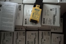 i12-SB213西克SICK机电安全开关
